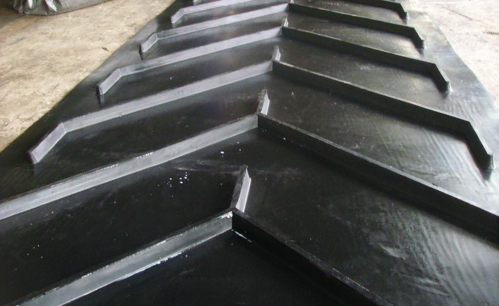 Шевронная конвейерная лента от производителя ПЛЮС СТАРПРОМ